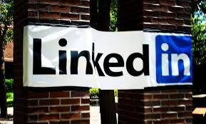 New Tools from LinkedIn Serve as Content Marketing Analytics