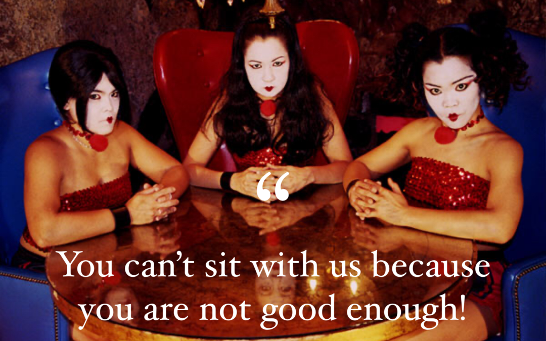 """Let's Talk About My Encounter With A Snobby Mean Girl Weight Loss """"Support"""" Group"""
